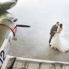 This could got married in an airplane hanger in Central Florida! | Soltren Photography