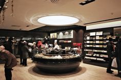 Läderach - swiss chocolate store | studio KMJ | Archinect