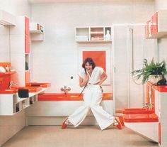 '70s bathroom. loving the girl in the picture!