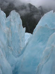Frozen glacier : New Zealand