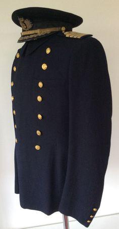 #Gorra de #plato azul con yugo y flechas, y #palas de #Capitan de #Navio #Guerra #Civil 1936-1939