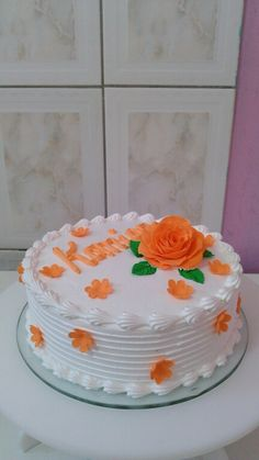 Cake Decorating Frosting, Cake Decorating Designs, Creative Cake Decorating, Cake Decorating Videos, Creative Cakes, Cake Designs, Beautiful Birthday Cakes, Cool Birthday Cakes, Cake Icing