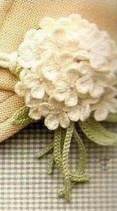 Crochet hydrangea