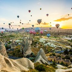 Ballooning over Cappadocia, Turkey. Photo courtesy of globaltouring on Instagram.