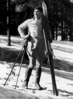 "bygonehollywood: "" American actor Clark Gable takes in the scene at Lake Arrowhead in California on March 1933 (Photo Credit: Keystone/Getty) "" Golden Age Of Hollywood, Vintage Hollywood, Hollywood Icons, Ski Posters, Travel Posters, Vintage Ski, Vintage Travel, Vintage Posters, Lake Arrowhead"