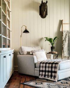 Bird Nest Fern, Japanese Bird, Houseplants, New Homes, Rustic Farmhouse, Entryway Bench, Furniture, Home Decor, Entry Bench