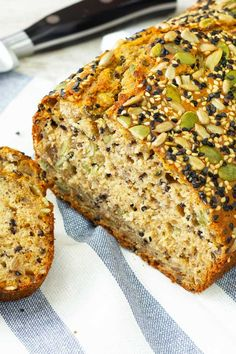 Fast No Knead Multi-Seed Bread - Bagel, Sandwich & Bread L♥er - Brot Multi Seed Bread Recipe, Multi Grain Bread, Whole Grain Bread, 7 Grain Cereal Bread Recipe, Seven Grain Bread Recipe, Nutty Bread Recipe, Sunflower Bread Recipe, High Fiber Bread Recipe, Healthy Bread Recipes