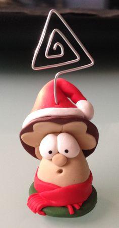 Fungo Natale portafoto o segnaposto http://ilfilodelleideehandmade.blogspot.it/2013/12/fungo-natale-portafoto-o-segnaposto.html