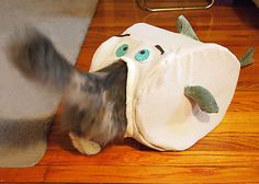 """Tutorial and Pattern: How to Sew a """"Fish"""" cat house! Cute!!!"""