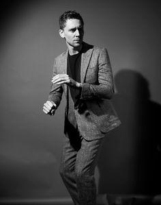 Photoshoots_Tom_Hiddleston_by_Jason_Hetherington_2.jpg