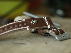 24mm natural hand made leather strap :http://zappacraft.com/index.php/product/zc100x01-zappacraft-24mm-vintage-2/