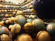 I have such a thing for globes at the moment. I Have a Small Collection That Lives In My Bathroom