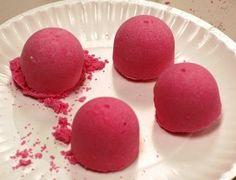 Homemade Bath Bombs: Sherbet Bath Fizzies