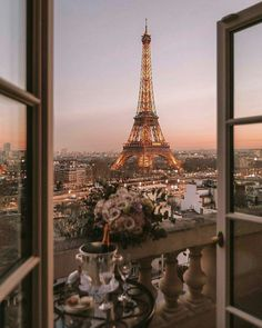 Paris is actually the most beautiful at dusk - view of the Eiffel . - Paris is actually the most beautiful at dusk – view of the Eiffel …, - Photo Wall Collage, Picture Wall, Picture Ideas, Travel Aesthetic, City Aesthetic, Adventure Aesthetic, Aesthetic Outfit, Aesthetic Photo, Aesthetic Pictures