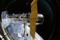 NASA Is Offering Free Virtual Tours of Space. Explore the star system International Space Station and NASA facilities for an inside look at life as an astronaut. Nasa Pictures, Nasa Photos, Nasa Images, Telescope Pictures, Hubble Space Telescope, Space And Astronomy, Telescope Craft, Nasa Space, Planetary Science