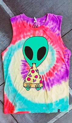 Aliens will travel galaxies to treat themselves with the tasty goodness of pizza, only found on earth. This out of the world Pizza Nerd Alien Tie Dye muscle tank top from JV by Jac Vanek features an ooey gooey piece of delectable mushroom and pepperoni pi Rave Outfits, Summer Outfits, Fashion Outfits, Visual Kei, Muscle Tank Tops, Festival Outfits, Sweater Shirt, Look Cool, Swagg