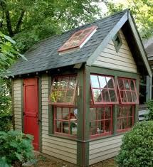 cute shed..would be an awesome art studio