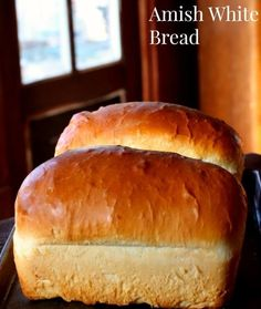 Amish White Bread: Fluffy Old Fashioned Loaf Easy Amish White bread is a sweet, velvety-textured, homemade bread that's perfect for sandwiches. - These gorgeous loaves of Amish White Bread are puffy and soft. Yeast Bread Recipes, Amish Recipes, Cooking Recipes, Grandma's Bread Recipe, Cornbread Recipes, Jiffy Cornbread, Easy Recipes, No Yeast Bread, Dutch Recipes