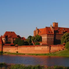 <p>Deciding to make Malbork (then called Marienburg) their capital in 1309, theTeutonic  Knights kicked off a rush of property development, expanding an original convent that stood on this site into an enormous fortification with towers, deep moats, strong walls, an armoury and a palace for the Grand Masters.</p><p>All that didn't prevent capture, first by Poles and then by Prussians, and the castle was virtually razed during WWII. Now restored, it houses an extensive museum – but it's the…