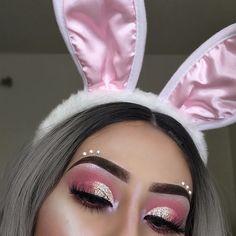 Halloween Bunny Makeup look