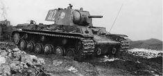 Heavy tank KV-1 with F-32 gun 76,2 mm / Czołg ciężki KW-1 uzbrojony w działo F-32 kal. 76,2 mm
