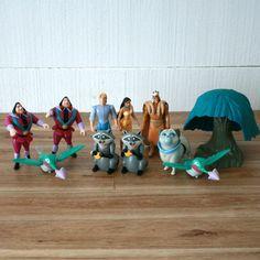 Sets of Pocahontas figurines from Burger King . Pocahontas 2, Boutique Vintage, Disney Figurines, John Smith, Childhood Toys, 1 John, Disney Movies, Vintage Toys, Gifts For Kids