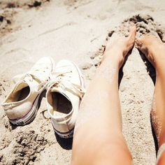 .sandy feet