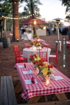 Sweet! - Picnic wedding ideas | CHECK OUT MORE GREAT RED WEDDING IDEAS AT WEDDINGPINS.NET | #weddings #wedding #red #redwedding #thecolorred #events #forweddings #ilovered #purple #fire #bright #hot #love #romance #valentines