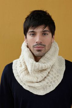 Cabled Cowl in Lion Brand Fishermen's Wool - 90589AD
