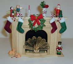 Christmas Minis in Minutes - wreath & stockings