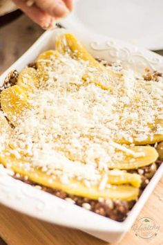 Pastelón de Plátano Maduro, or Sweet Plantain Lasagna, is a surprising combination of sweet and salty ingredients that unite into a highly addictive dish Pastelon Recipe, Plantain Recipes, Bunless Burger, Summer Rolls, Latin Food, Asian Cooking, Lettuce Wraps, Sweet And Salty, Yellow