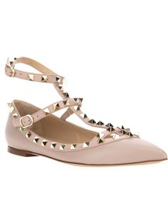 Shop ballerina shoes for women at Farfetch and find iconic flat shoes by Chloé, Valentino and Jimmy Choo. Valentino Rockstud, Valentino Flats, Lace Up Ballet Flats, Ballerina Shoes, Leather Ballet Flats, Sock Shoes, Cute Shoes, Me Too Shoes, Pointy Toe Flats