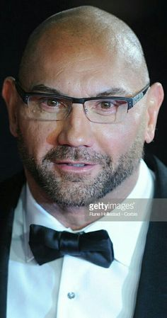 Dave Bautista Batista Wwe, Dave Bautista, Special Pictures, Male Celebrities, Wwe Wrestlers, Hydrangeas, Gay Pride, Rugby, Eye Candy