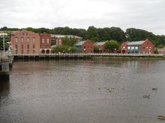 Did you know that Movoto.com ranked Westport in the Top 10 Best Places to Live in Connecticut? Westport scored well for the lowest student-teacher ratio in our ranking, just 11 to 1, and lots of amenities-places like the Westport Country Playhouse, Sherwood Island State Park, Compo Beach, a bustling farmers market, and its downtown shopping area. For the full story, visit http://www.movoto.com/guide/ct/best-places-in-connecticut/.