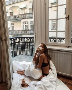 35 Ideas For Travel Fashion Photography Summer Vibes Bed Aesthetic, Travel Aesthetic, Style Doc Martens, Fashion Mode, Fashion Beauty, Lazy Days, Photo Instagram, Belle Photo, Summer Vibes