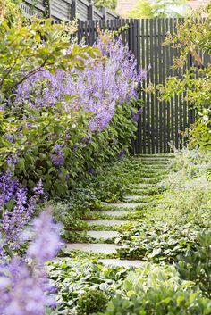 Designed by Lisa Ellis Gardens