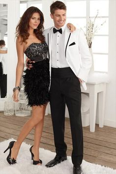 Selecting cheap 2016 new arrival white groom tuxedos,stunning cheap custom made wedding party groomsman suit mens suit…