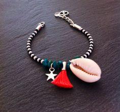 Bracelet de l'amitié orné de perles par TDFTheDreamFactory sur Etsy, €8.00