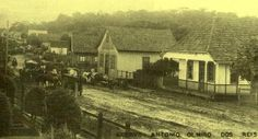 Avenida João Pessoa em 1937 - A primeira casa a direita era o Açougue de Caio Faquin - Canela - RS