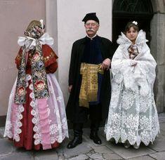 Folk Costume, Costumes, European People, Polish Folk Art, Folk Clothing, Traditional Outfits, Poland, Inspiration, Clothes