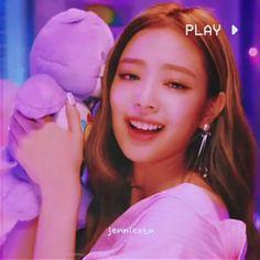 Kim Jennie, Black Pink Songs, Black Pink Kpop, Yg Entertainment, Kpop Girl Groups, Kpop Girls, Melanie Martinez, Jen Videos, K Pop