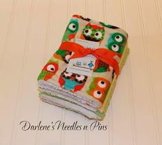 Baby Burp Cloths/ Minky Owls/ Cotton/ Set by DarlenesNeedlesnPins
