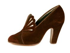 Shoes, Bella Luxus: ca. 1930's, American, suede uppers, fanlike tongue, leather soles.