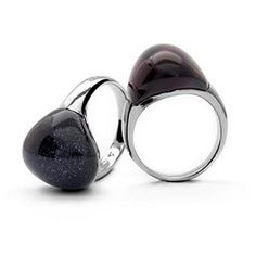 Gorge rings in deep grey and amethyst. Don't you just love it?! #jewellery #luxury #luxenter #love #dubai