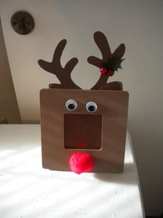 DIY Rudolf Picture Frame DIY Picture Frame DIY Home DIY Decor