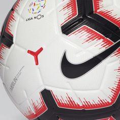 Descubra a nova bola da Liga NOS 2018 19 a bola Nike Merlin ed30e0590e39f
