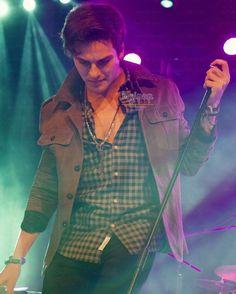 @dvicio_andres @dvicio #yudvicio #dvicio #concierto (Tenéis más fotos en http://ift.tt/1aHJX2X) by myipop