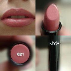 Mon premier produit # 621 l& NYX Cosmetics Source b . - Mon premier Produit # 621 love it NYX Cosmetics Source par carlaelyse Les images i - Makeup Dupes, Makeup Hacks, Eye Makeup, Makeup Brushes, Nyx Cosmetics Lipstick, Nyx Dupes, Nyx Lipstick Swatches, Eyeshadow Brushes, Maybelline Lipstick