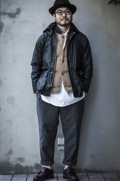Japan Barbour. Barbour Mens, Barbour Jacket, Fashion Pants, Boy Fashion, Mens Fashion, Fasion, Street Fashion, Jacket Outfit, Rugged Style