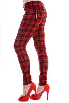 Very cool tartan check skinny jeans by Banned, super-stretchy lightweight poly-cotton blend in a traditional 5-pocket skinny cut, with zip fly with button fastening, finished with branded metal rivets